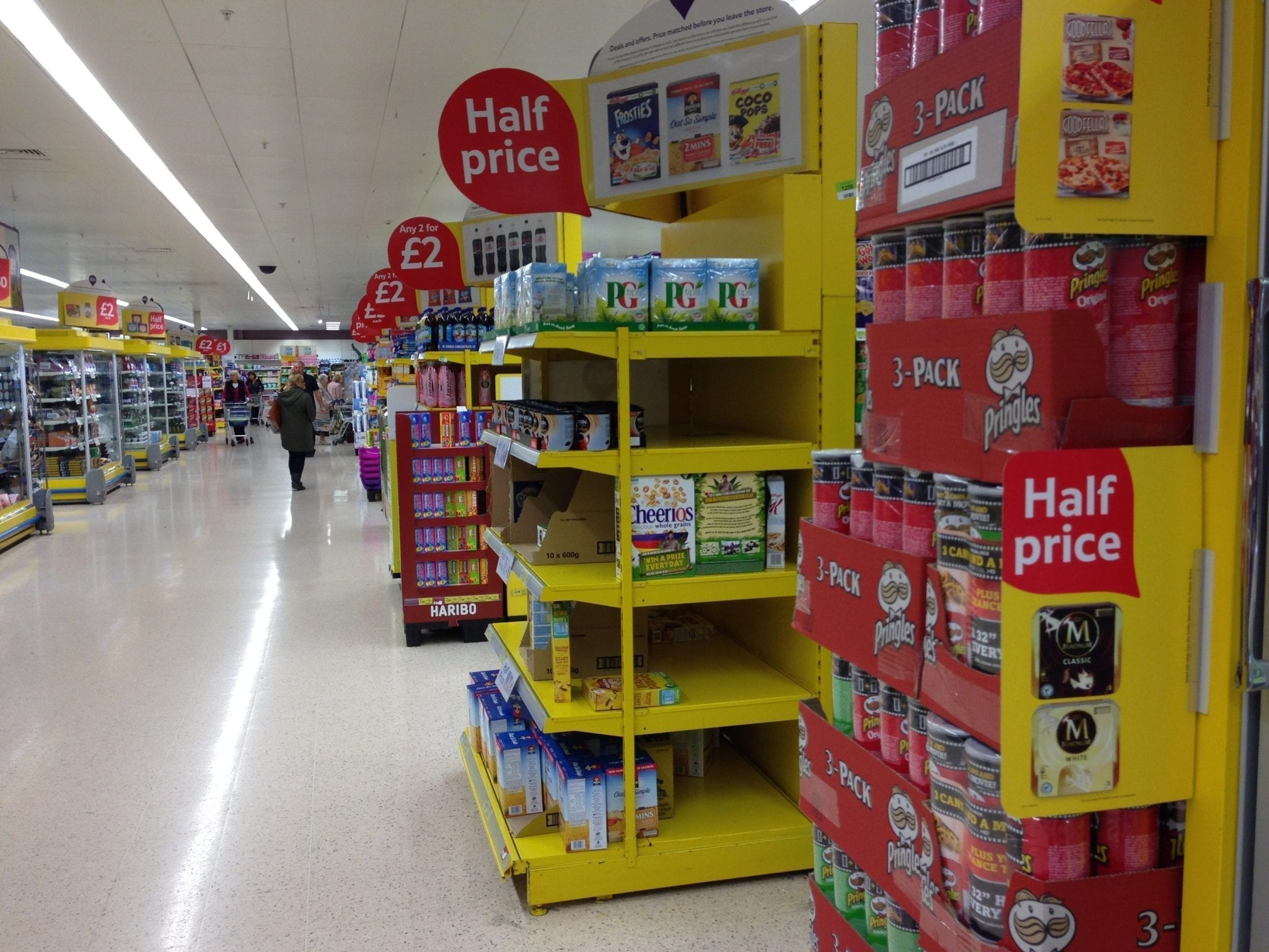 Picture of tesco aisle