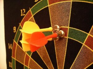 Darts and dart board