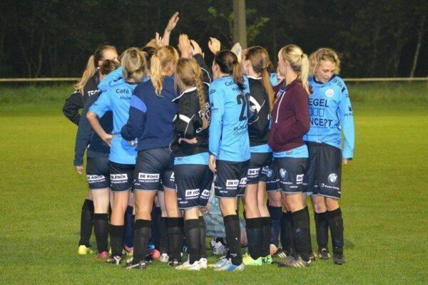 Team Building Skills, Team huddle