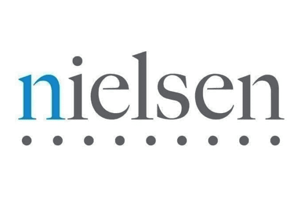 Word nielsen in grey with the n in blue
