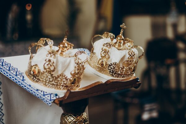 Two royal crowns on a table