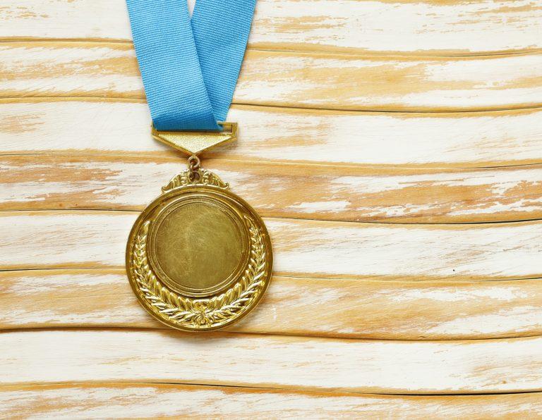 Medal for best leadership - autocratic, democratic or laissez faire