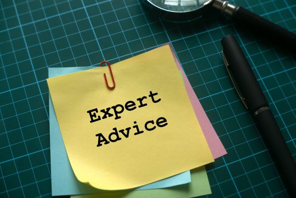 Pile of post-it notes with Expert Advice written on them