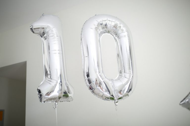 Number 10 in helium silver balloons